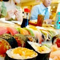รูปภาพถ่ายที่ Hokkaido Japanese Restaurant โดย Jin C. เมื่อ 7/9/2012