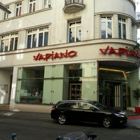 Photo taken at Vapiano by Alex A. on 8/12/2012