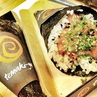 Foto tomada en Temaki-ya por Mr. Stone el 6/28/2012