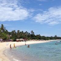 Photo taken at Chaweng Noi Beach by Kazuko O. on 9/1/2012