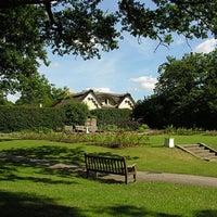 Das Foto wurde bei Richmond Park von S D. am 3/24/2012 aufgenommen