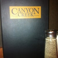 Foto tirada no(a) Canyon Creek Chophouse por Meg S. em 2/12/2012