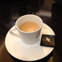 Foto tirada no(a) Nespresso Boutique por Visi S. em 3/12/2012