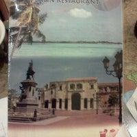 Foto tomada en Maracas Latin Restaurant por K.N.R el 2/9/2012