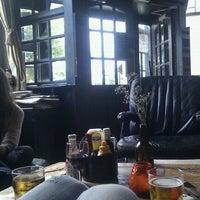 Photo prise au Lock Tavern par Antonio R. le8/27/2012