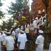 Photo taken at Pura Desa Pengrebongan Kesiman by Gung I. on 9/10/2012