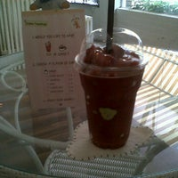 Photo taken at Teddy Bear Cafe @ Siam by Vanida J. on 6/6/2012