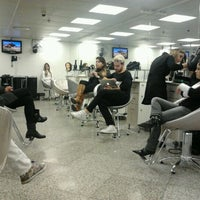 Foto tirada no(a) Expert Beauty Center por Kacco H. em 5/17/2012