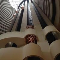 5/14/2012 tarihinde Pu-PuPuziyaretçi tarafından Holiday Inn Singapore Atrium'de çekilen fotoğraf