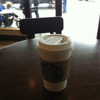 Photo taken at Starbucks by Chiharu K. on 6/1/2012