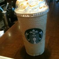 Photo taken at Starbucks by Jordi D. on 2/25/2012
