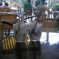 Photo taken at Cocktail 16 by Tran T. on 7/22/2012