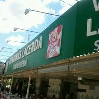 Photo taken at Vitaminas Lacerda by Marcelo B. on 3/30/2012