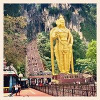 Photo taken at Sri Subramaniar Temple Batu Caves by Ee K. on 8/18/2012