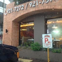 Photo taken at Papa John's by Heigen V. on 7/22/2012