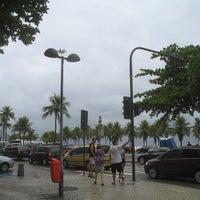 Foto tirada no(a) Atlântico Praia Hotel por Viviane R. em 3/29/2012