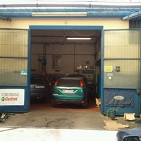 Photo taken at serviauto by Marco G. on 8/31/2012