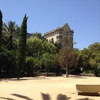 Photo prise au Jardins del Palau Robert par Manel B. le7/28/2012