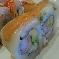 Photo taken at Sushi Zushi by Lisa H. on 5/27/2012