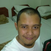 Photo taken at Luxurious Al-Rawdah Suites by Fahrin N. on 7/23/2012