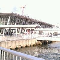 Photo taken at かもめりあ 中突堤中央ターミナル by 虎太郎 &. on 1/22/2012