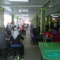 Photo taken at Gelugor Market Food Court by Ashoon A. on 11/28/2011