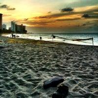 Снимок сделан в Ocean Park Beach пользователем D 7/9/2011