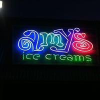 Foto tirada no(a) Amy's Ice Creams por Adair L. em 3/18/2012