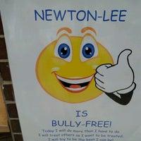 Photo prise au Newton-Lee Elementary School par Galo4ka le9/27/2011