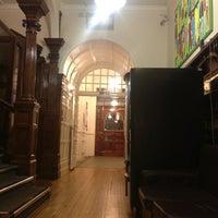 Photo taken at Astor Hyde Park Hostel by azam on 5/8/2012