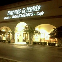 Photo taken at Barnes & Noble by Maria G. on 1/26/2012