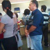 Photo taken at Itaú by Romikson C. on 10/20/2011