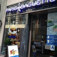 Photo taken at Paris Baguette by Navanid T. on 7/11/2012