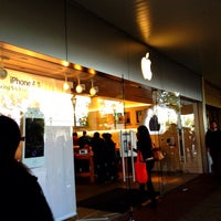 Photo taken at Apple Old Orchard by Steven X. on 10/17/2011
