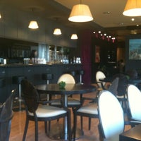 Foto tomada en Restaurant del Mig por Charlie el 8/1/2012
