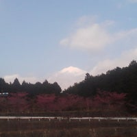 Photo taken at アサヒ飲料裏側の富士山ビューポイント by Wander C. on 11/28/2011
