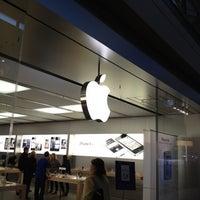 Foto scattata a Apple Haywood Mall da Michael Q. il 1/20/2012