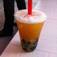 Das Foto wurde bei CoCo Fresh Tea & Juice von Johanna M. am 8/26/2011 aufgenommen