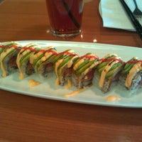 รูปภาพถ่ายที่ Sushi Itto โดย Irving A. เมื่อ 11/25/2011
