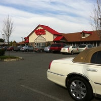 Photo taken at Golden Corral by Diana L. on 10/31/2011