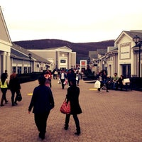 Photo taken at Woodbury Common Premium Outlets by Safa K. on 3/24/2012