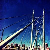 Снимок сделан в Nelson Mandela Bridge пользователем Timmee 4/29/2012