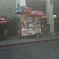 Photo taken at Vova's Shofar Hot Dog Cart by Enrique d. on 9/19/2011