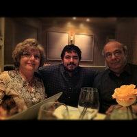 Foto tomada en Lu Nello Restaurant por UNOlker el 11/20/2011