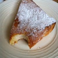 Photo taken at Baan Bakery by Ekajit P. on 8/16/2012