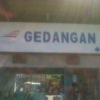 Photo taken at Stasiun Gedangan by Bobi H. on 8/17/2012
