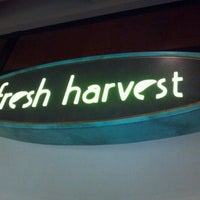 Photo taken at Fresh Harvest Buffet by Diane P. on 11/22/2011