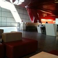 Photo taken at Singularis Restaurante by Liliana H. on 7/18/2011