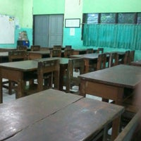 Photo taken at SMAN 98 Jakarta by Husnul C. on 9/2/2012