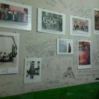 Foto tomada en Queirolo Restaurant & Bar por Edgar M. el 9/17/2011